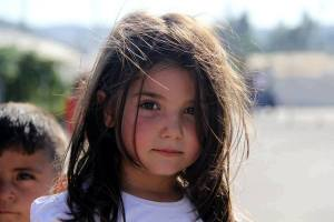 little_syrian_girl_with_eyes_full_of_confidence_by_promise2smile4ever-d7ympyw